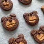 かわいすぎて食べられない!? 2色の生地でいろんな顔ができる「くまいぬクッキー」